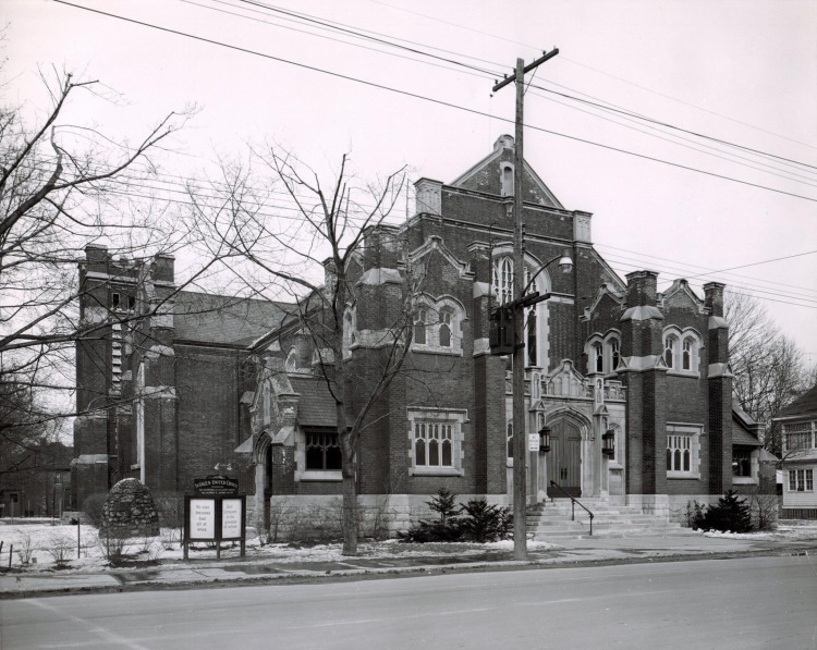 St. Giles (85 Holton Ave S) photographed in 1957 by Superior Engravers, Hamilton