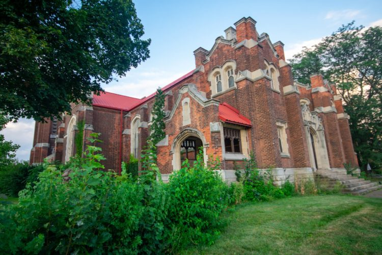 St. Giles church at 85 Holton Avenue South photographed in August 2021 by Joey Coleman